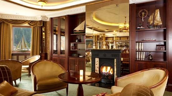 Retro Riverside Luxury Wellness Resort - 21 Popup navigation