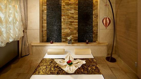 Retro Riverside Luxury Wellness Resort - 18 Popup navigation