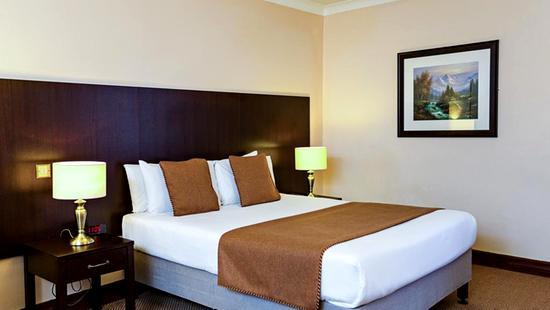 Sheldon Park Hotel & Leisure Centre - 16 Popup navigation
