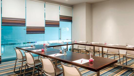 Hotel Aloft Abu Dhabi - 19 Popup navigation